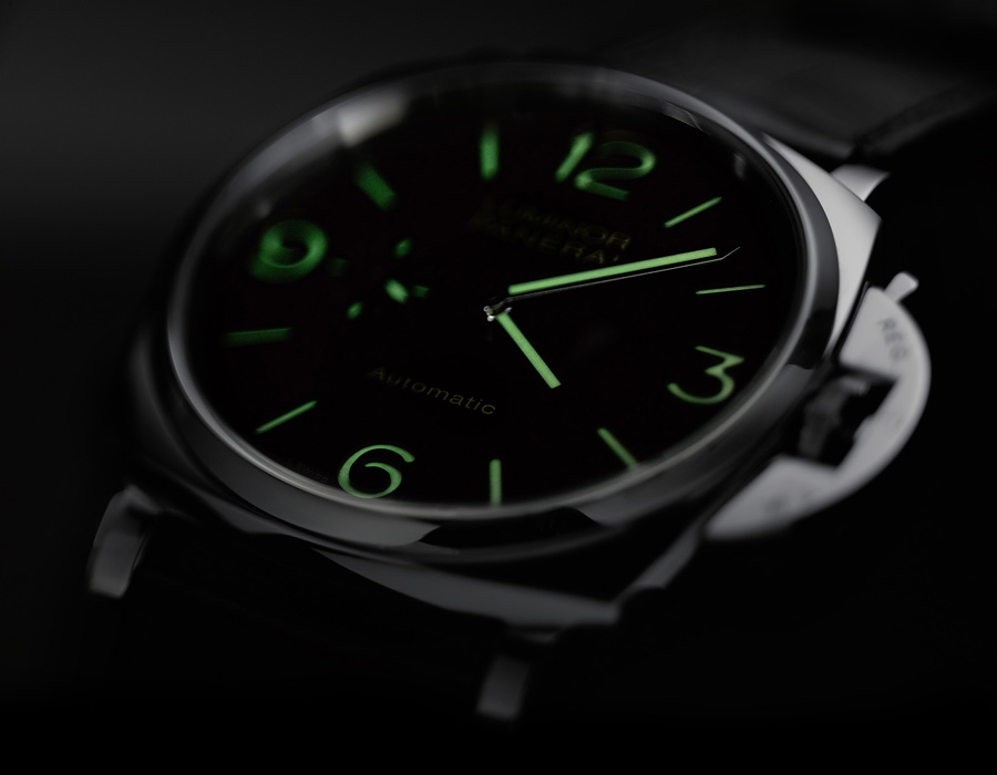 Panerai: Luminor Due 3 Days Automatic Acciaio bei Nacht